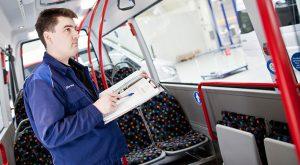 Mit unseren gesetzlichen Prüfungen für Ihren Bus rechtssicher unterwegs. Wir prüfen in Passau und Vilshofen.